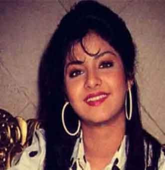 Top 10 Bollywood Celebs Who Were not Alive to see their Last Films