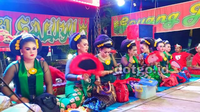 Lirik Lagu Bangbung Hideung Bajidor Jaipongan Sunda