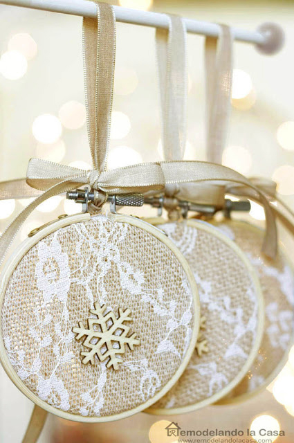 Rustic Neutral Christmas decor