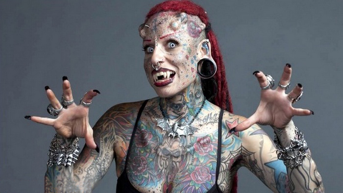 cool tattoos pictures, full body tattoo girl images, small face tattoos female, full body tattoo man, manusia yang mirip monster, misteri manusia monster, monster buatan manusia, monster ciptaan manusia, monster di tubuh manusia, penampakan manusia monster