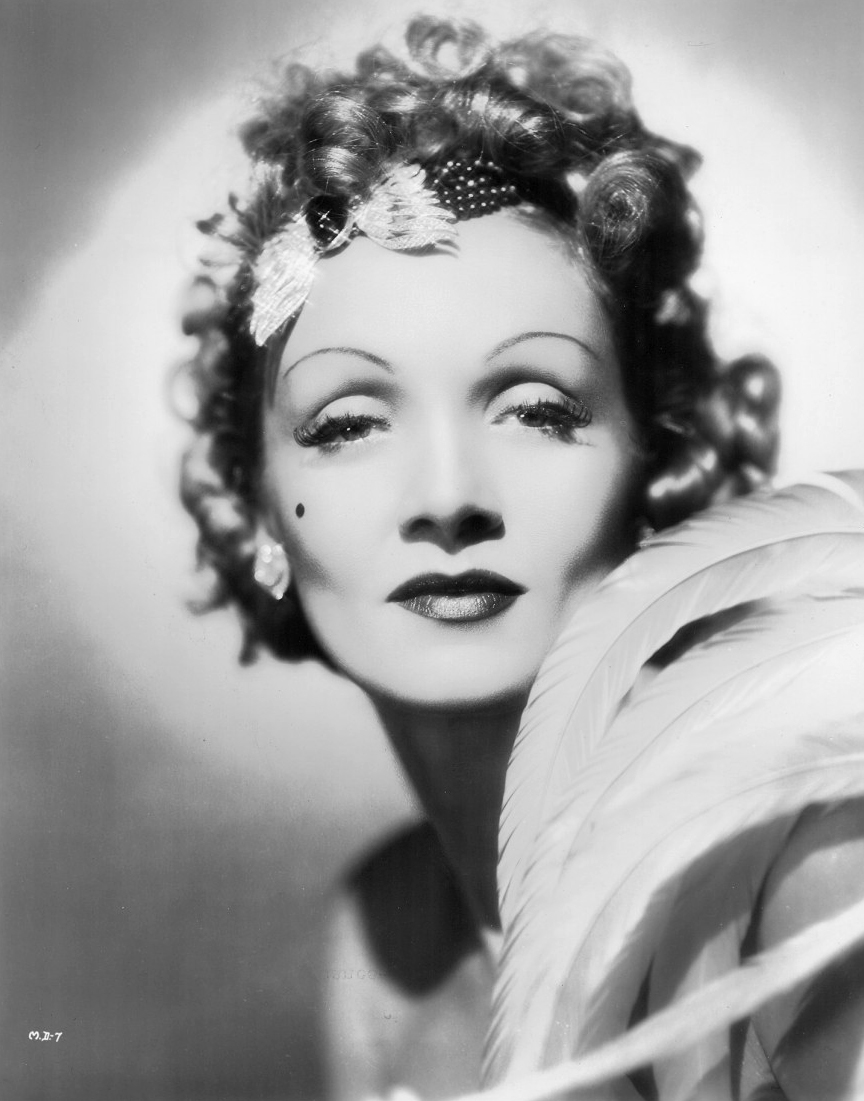 Marlene Dietrich Annex2: It's The Pictures That Got Small ...: October 2012