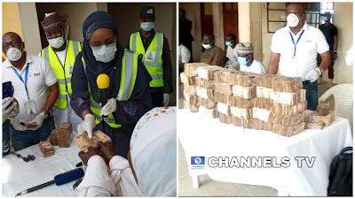 PHOTOS: FG Begins Disbursement Of N20, 000 To Poor Nigerians In Abuja