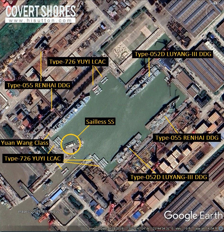 """O barco está presente na doca do estaleiro JN (31 ° 20'47.29 """"N, 121 ° 44'34.24"""" E)."""