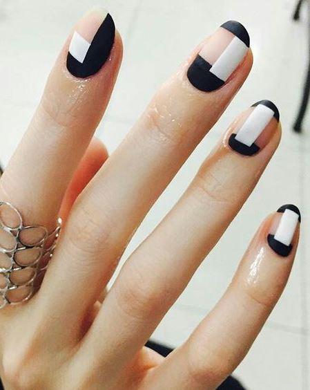 nail art idea for who like geometry