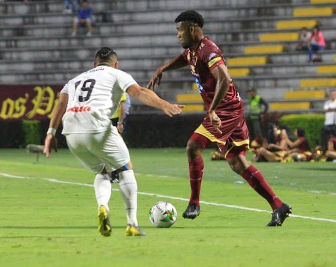 Después de casi 20 años, DEPORTES TOLIMA y Once Caldas empataron sin goles en el Murillo Toro
