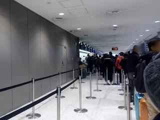成田空港Airasiaカウンター混み具合