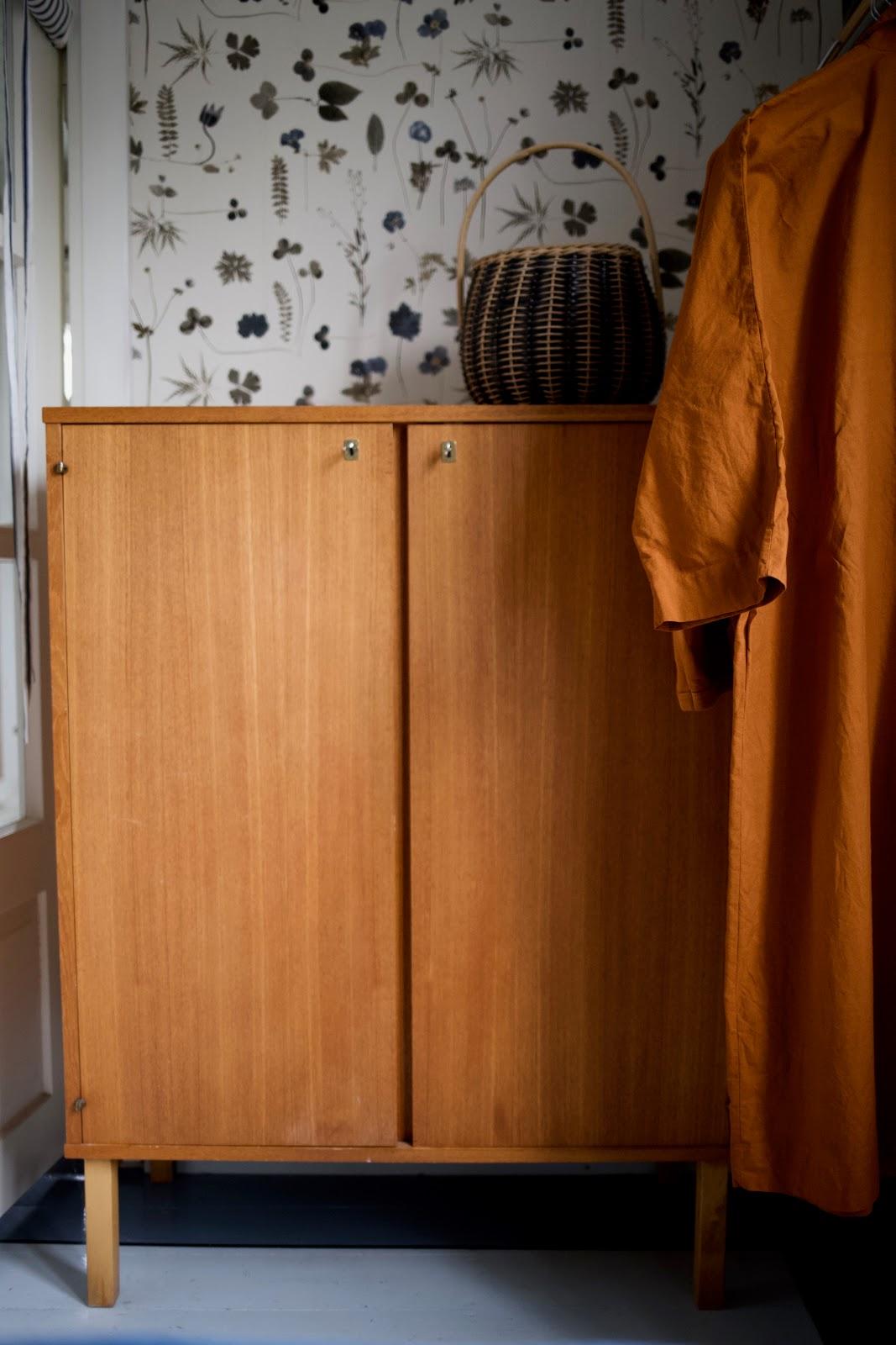 secondhand interior mid century modern botanica wallpaper teak liinavaatekaappi
