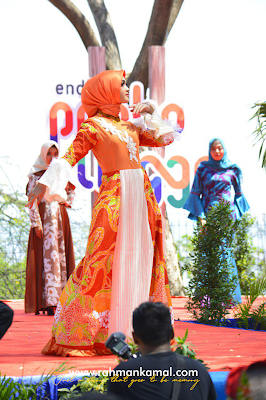Event hijab dewi rengganis di pantai bohay, paiton, Probolinggo