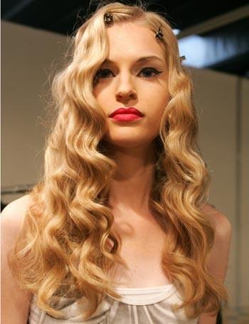 Sencillo y bonito peinados con ondas Imagen De Tendencias De Color De Pelo - Peinados a la Moda: Cabello con ondas el look estrella del ...