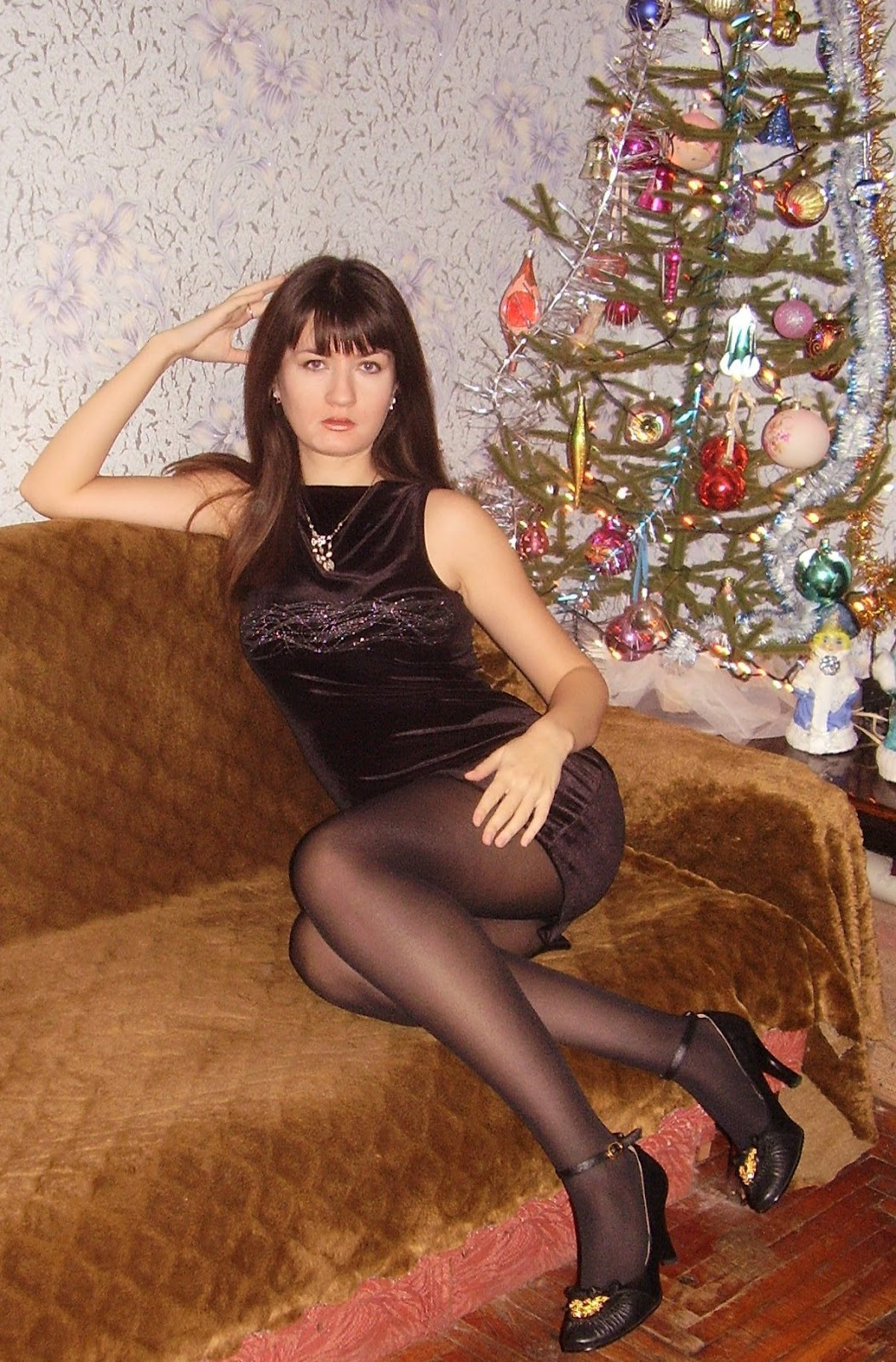 Amateur Teen In Stockings Fingered