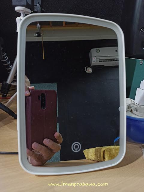 Tampak Depan Cermin Xiaomi
