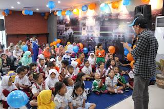 Anak Indonesia Kita Gembira Kita Cinta Kereta Api
