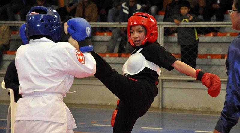Niños y jóvenes practican con mayor frecuencia artes marciales