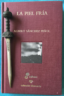 Portada del libro La piel fría, de Albert Sánchez Piñol