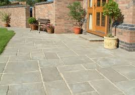Manufacturing of paving slabs
