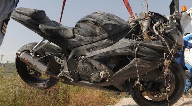 Τραγωδία σημειώθηκε τα ξημερώματα του Σαββάτου κοντά στη Σκάλα, καθώς μία 22χρονη σκοτώθηκε σε τροχαίο....όταν ΙΧ που οδηγούσε 51χρονος συγκρούστηκε πλαγιομετωπικά,  με το δίκυκλο που οδηγούσε η 22χρονη....!!