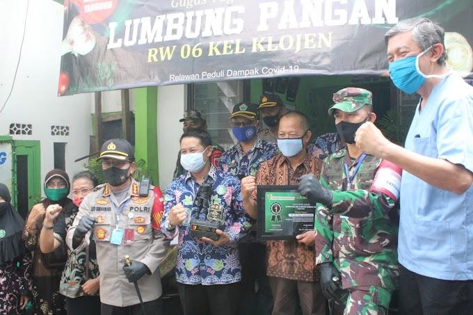 Kapolresta Malang Kota Bersama Dandim 0833/Kota Malang Berkenan Mengunjungi Kampung Tangguh