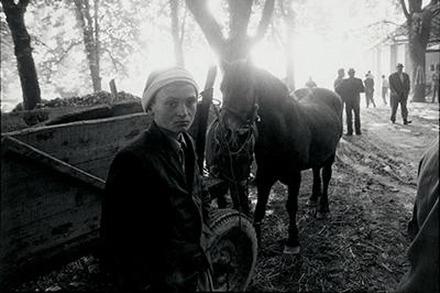 http://www.stojankerbler.com/wp-content/gallery/portreti-s-ptujskih-ulic/2-22.jpg