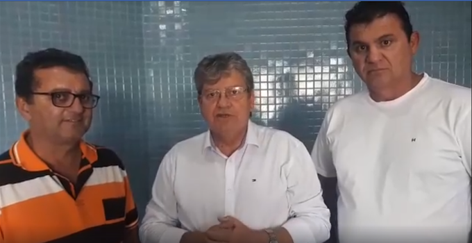 JOÃO AZEVEDO ASSUME O COMPROMISSO DE REALIZAR A EXPANSÃO DA REDE DE ÁGUA PARA UMBUZEIRO E SANTA CECÍLIA