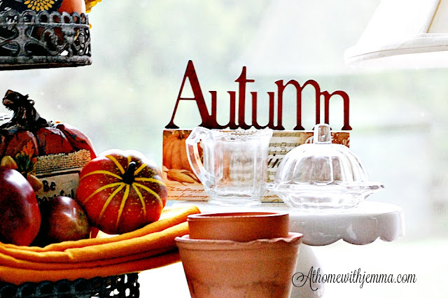 Tiered-tray-pumpkins-orange-napkins-Fall-seasonal-Jemma-athomewithjemma