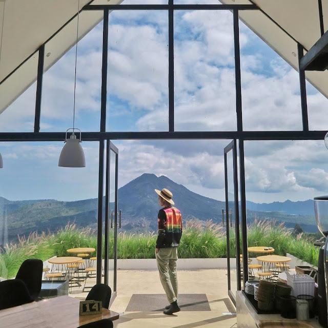 Lokasi dan Daftar Harga Menu Montana Del Cafe Bali Terbaru