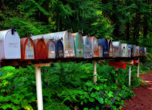 Mailbox di Kantor Pos dan Mailbox E-Mail