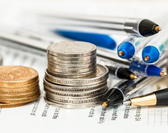 Contoh Makalah Laporan Keuangan