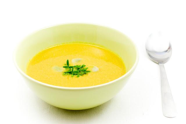 Kremna juha iz boba in korenčka za recept