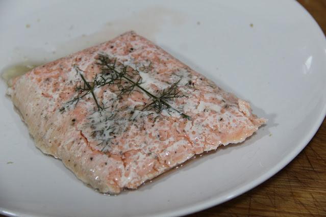 salmón cocinado al vacío en crokpot