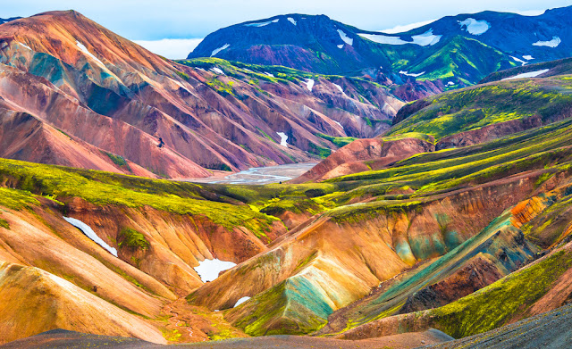 Landmannalaugar volcanic mountains are a great place to take your kids