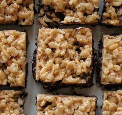A close up overhead photo of chewy cookie crunch bars.