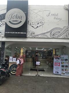 Bolu Toba Medan, Oleh-oleh khas kota Medan