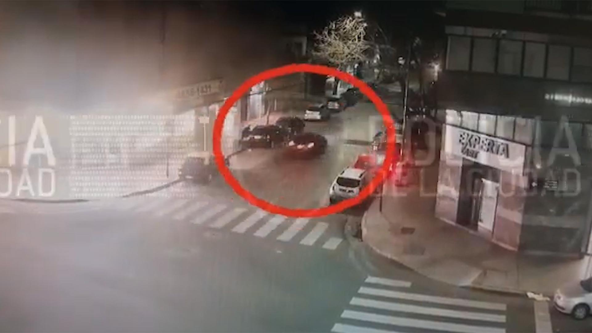 VIDEO: Tras una intensa persecución detuvieron a cuatro delincuentes que asaltaron a una familia en Villa Crespo