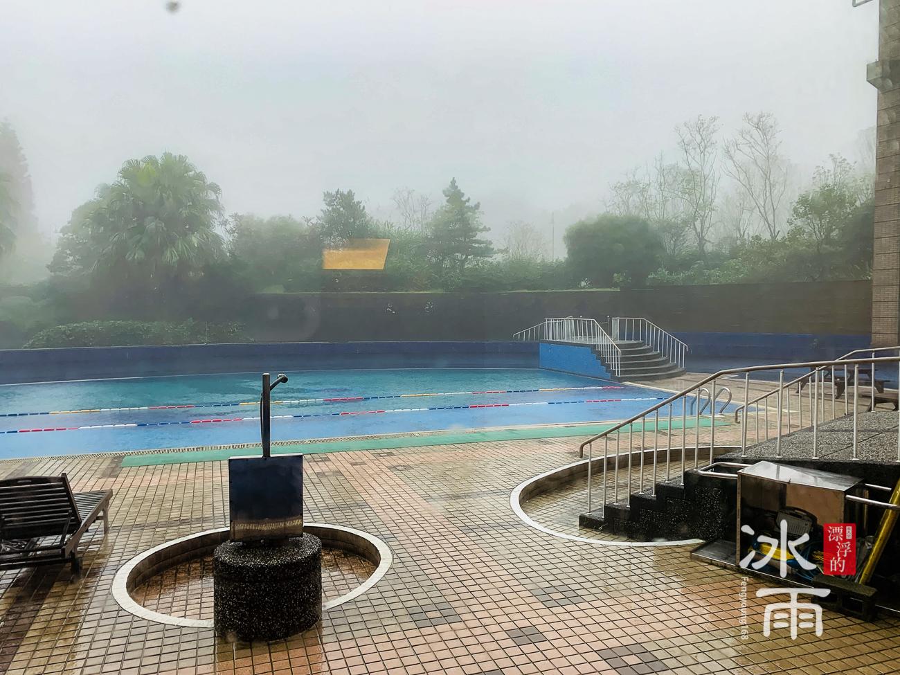 陽明山天籟渡假酒店|那麼美的泳池啊!
