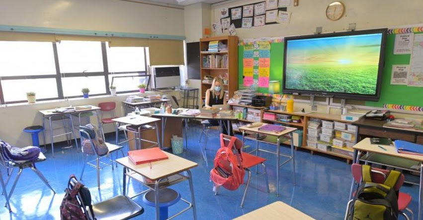 CORONAVIRUS: Variante se expande en colegios de Estados Unidos a dos días de iniciar clases presenciales y disponen cuarentena total