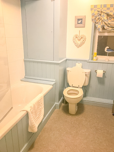 Mariner's Cottage Whitby bathroom