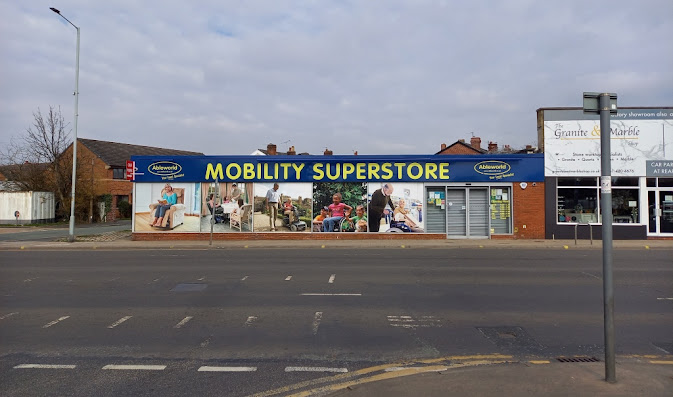 The former Blockbuster on Buxton Road, Great Moor, Stockport (March 2021)