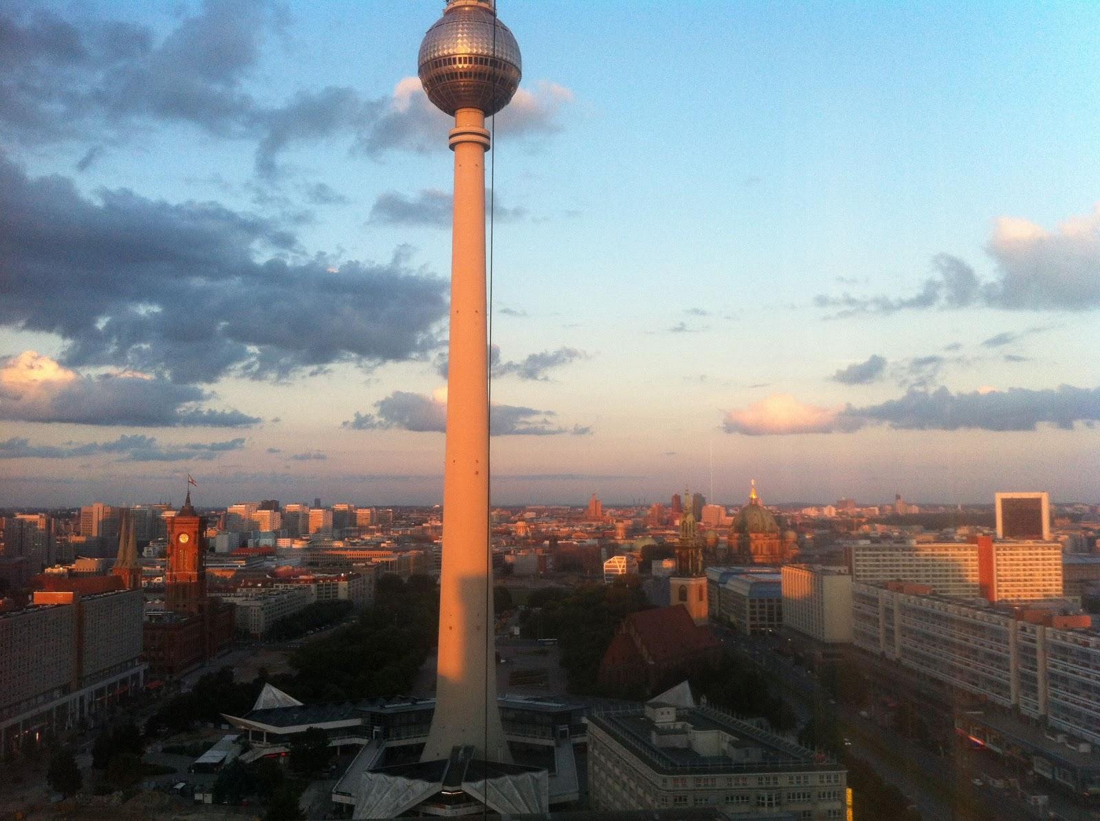 Berlinde gezilecek yerler ekşi