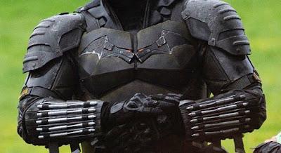 batman leaked suit Robert Pattinson