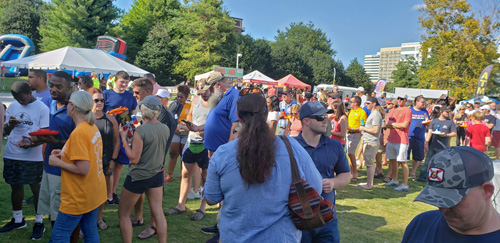 Big Kahuna Wing Festival in Knoxville, TN