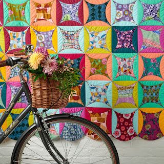 Wonderwall curved quilt by Charm About You featured in Love Patchwork and Quilting