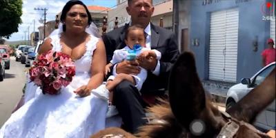 Em São José da Tapera, noivos vão de carroça de burro e realizam sonho de se casarem em Igreja