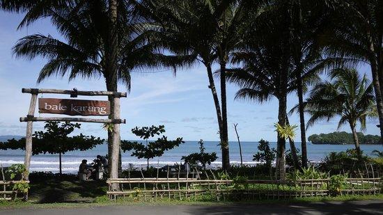 Bale Karang Cottages Batukaras