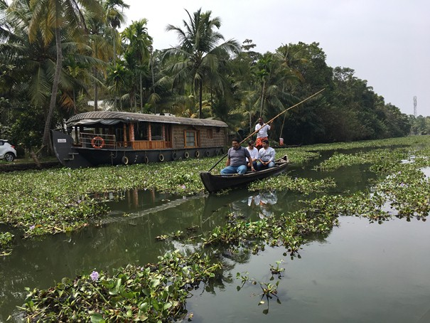 backwater boating kerala
