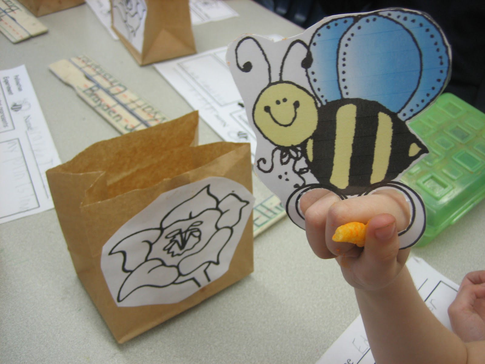 Little warriors pollination science lesson for Bee finger puppet template