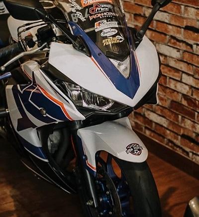 Daftar Harga Yamaha R25