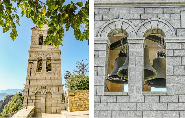 Campanário da igreja do Mosteiro de Agios Stephanous, Meteora, Grécia