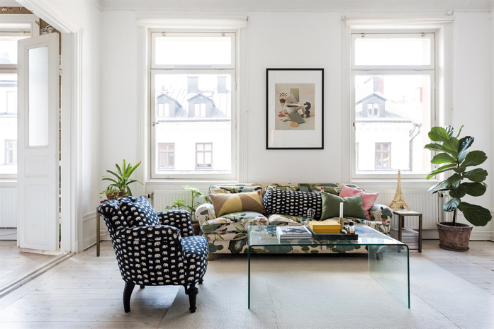 Pretty and Bright Apartment in Stockholm