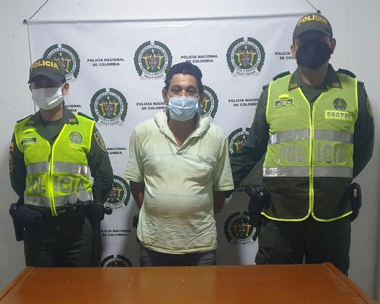 https://www.notasrosas.com/En La Gloria Cesar, lo capturan por el  Delito de Acto Sexual con Menor de 14 Años de Edad