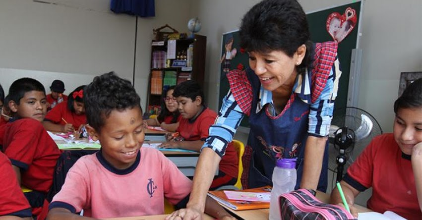 MINEDU evaluará desempeño de 14 mil docentes de primaria de las escalas más altas - www.minedu.gob.pe